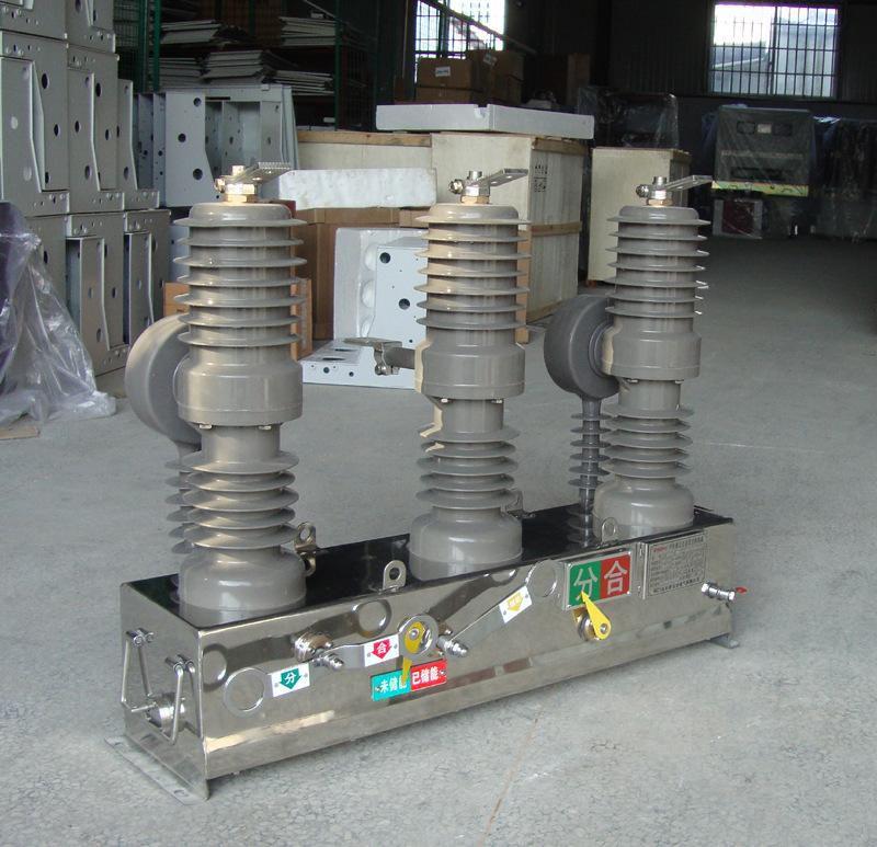 ZW32-12/630A