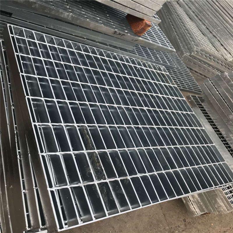 水沟钢格栅 复合钢格板 栈桥踏步板