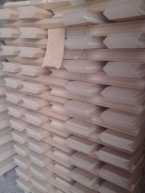 奇昌纸品纸护角纸护边冲扣护角厂家生产中