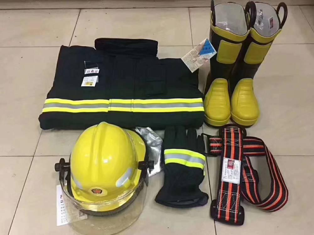 供应3C认证消防服 2017款改款的消防战斗服 消防员服装5件套