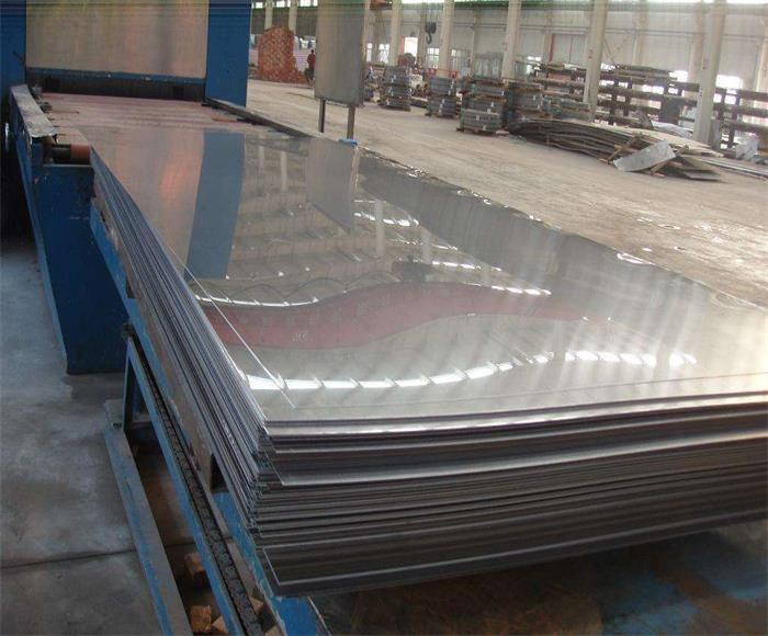 304冷轧不锈钢薄板开平加工