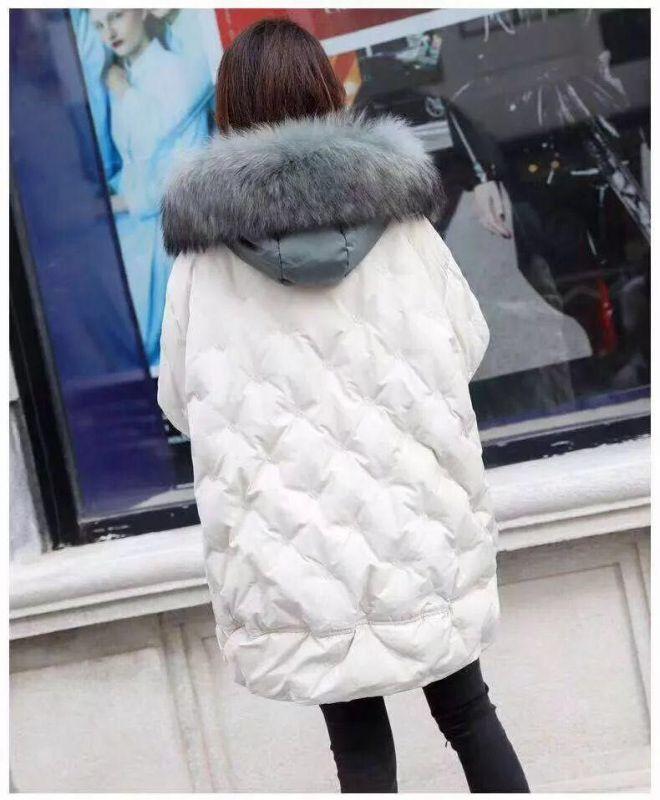 杭州女装爆款羽绒服简单大气