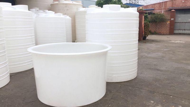 雄亚塑胶,滚塑工艺冷却冲水 塑胶多种规格可做