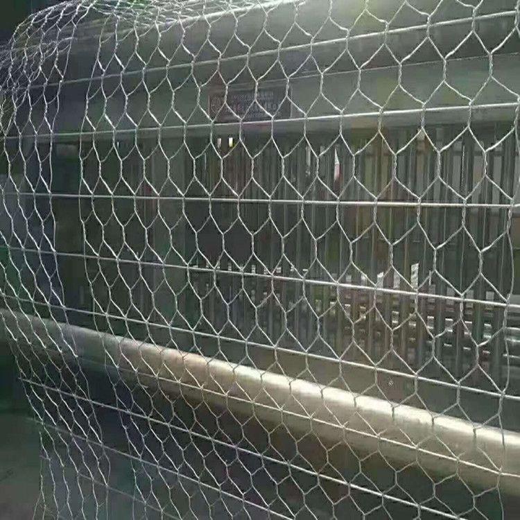 新疆协力新程石笼网生产车间