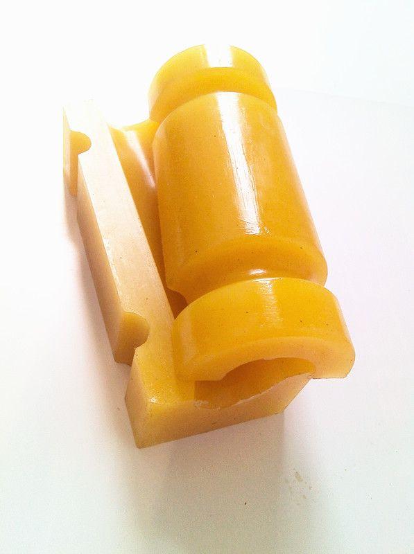 我公司生产各种材质罐笼箕斗稳绳滑套,导向套