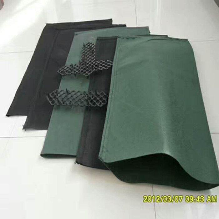 生态袋厂家生产的聚丙烯生态袋应用于河道护坡