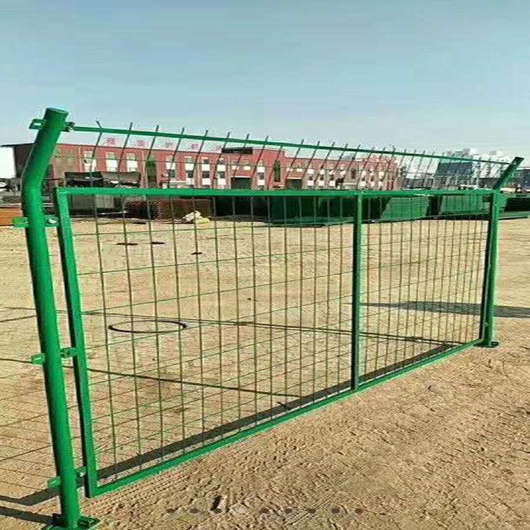 新疆护栏网厂家生产车间