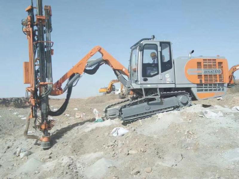 志高掘進一體全液壓鉆機T635石方工程礦山硬巖鑿巖穿孔