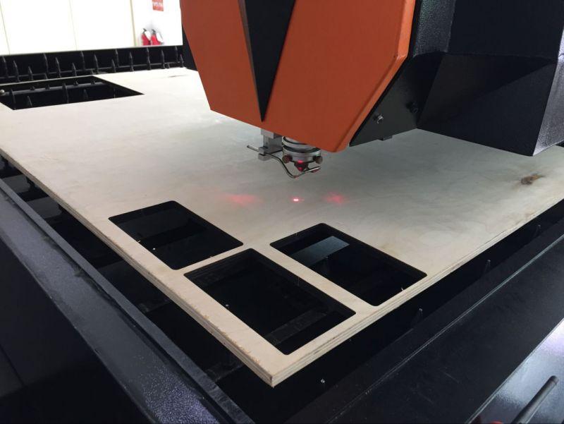 2019特思德新型中功率激光刀模机切割木板视频