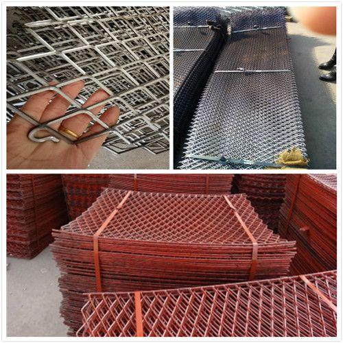 钢板网现货供应 圈玉米钢板网厂家 菱形脚踏网规格