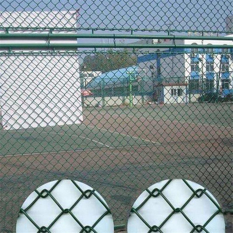 球场护栏厂家 隔离围栏 篮球场围栏多少钱