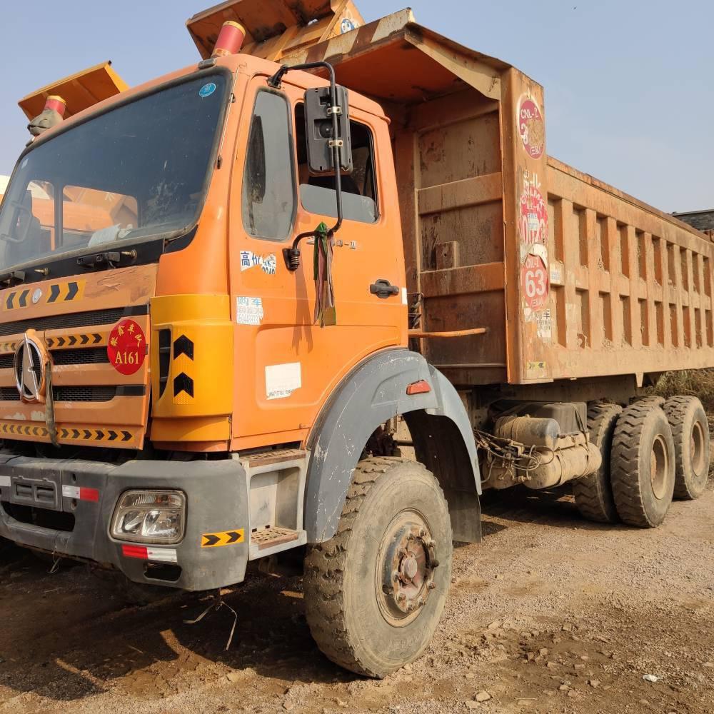 忻州出售大量北奔后八轮自卸车,340马力,奔驰桥,海沃顶,5.6大箱,山西看车