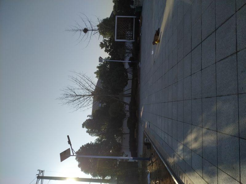 太阳能路灯生产l工厂现场