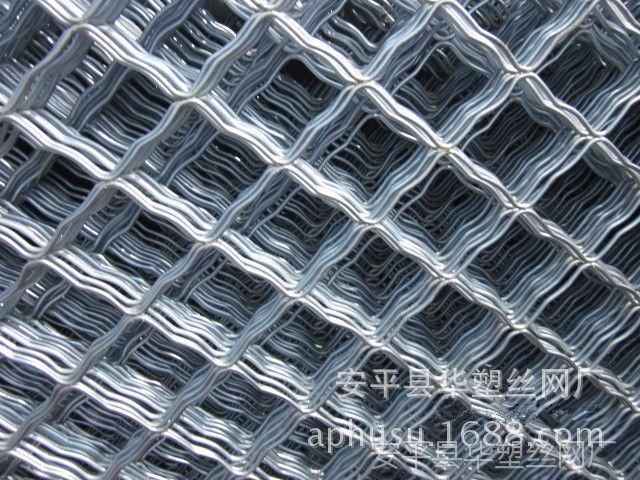 【处理库存】涂塑美格网、铁丝网护栏、铁丝美格网、停车场护栏