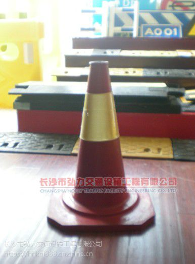 湖南长沙道路交通设施路锥供应定制