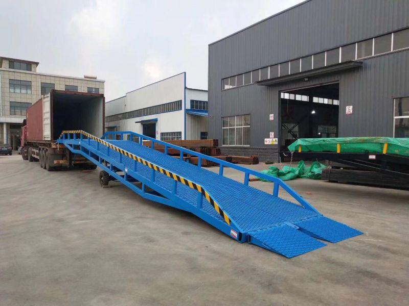 航天直销移动式液压登车桥 6吨8吨10吨叉车装车平台 价格低