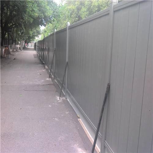 东莞泡沫围挡铁皮彩钢板夹心板施工隔离安全围栏厂家