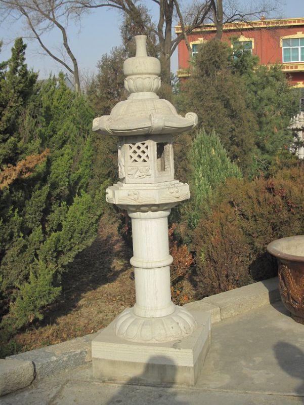 石雕灯塔  公园石灯雕刻 大理石灯塔