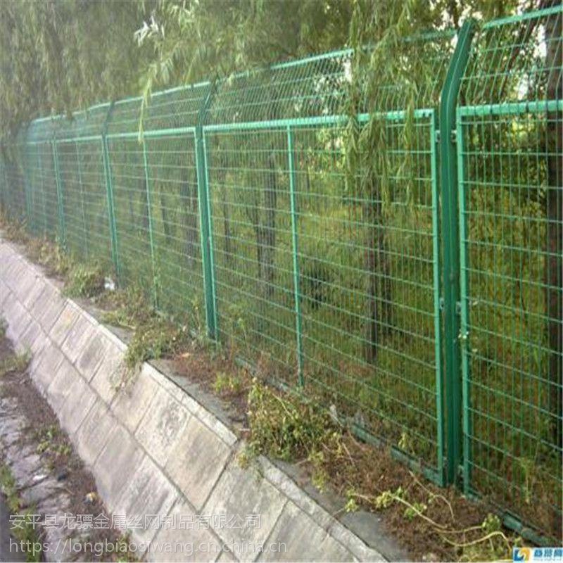 交通安全隔离网 林区防护网 护栏网多少钱一米