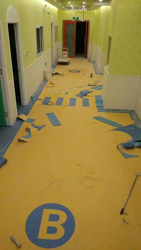 奥丽奇塑胶地板品牌 塑胶办公地板 办公室pvc地胶图