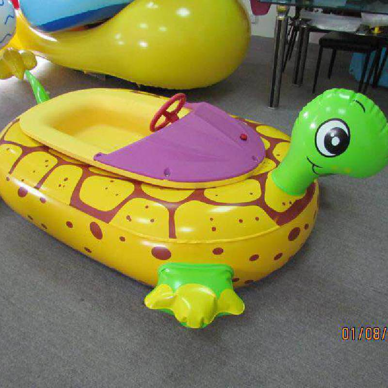 山西水上乐园 儿童水上电瓶船 卡通动物碰碰船价格