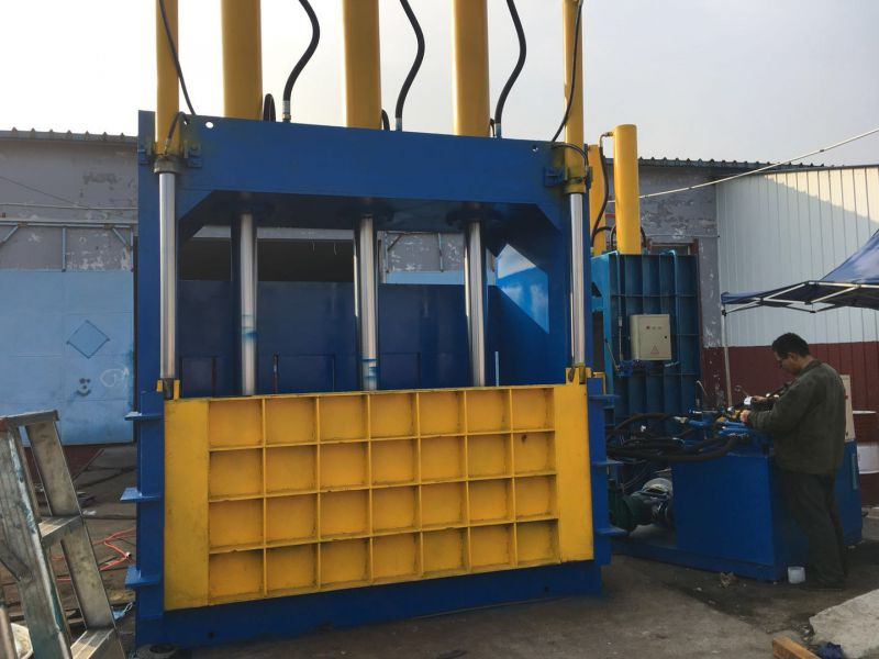300吨立式液压打包机 压铝压铜压不锈钢打包机 山东金亿机械