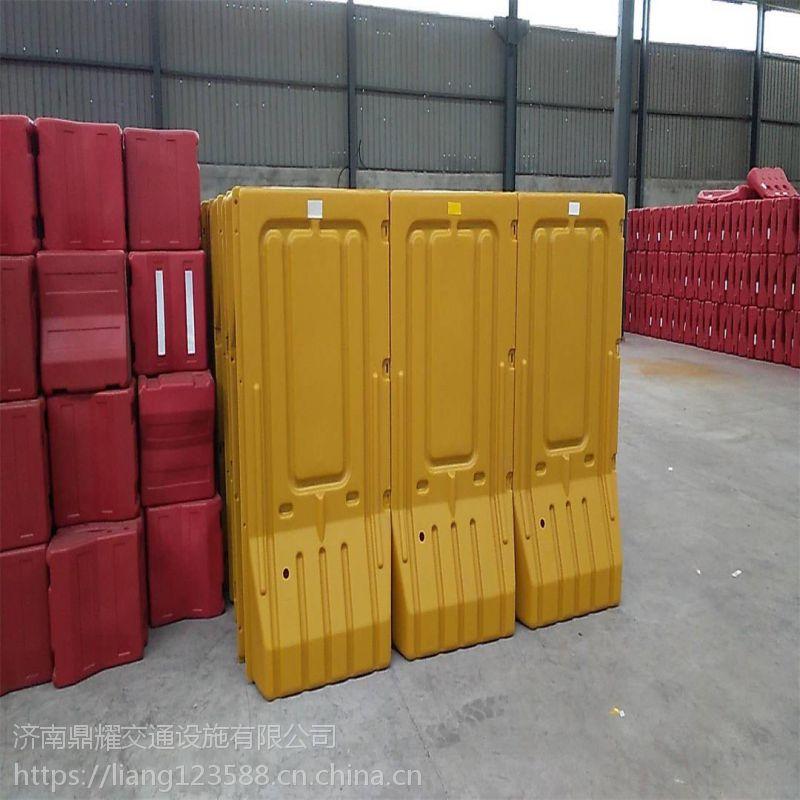 江西市政工程道路施工1.8米注水围挡批发 防撞桶道路施工塑料水马围挡厂家 安全警示隔离水马围挡