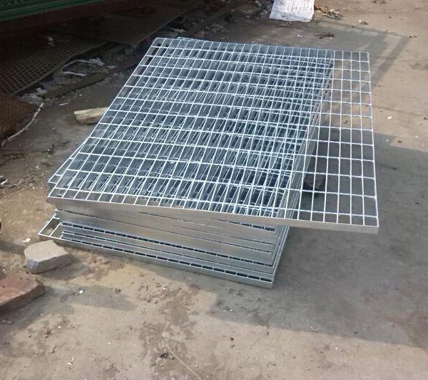 码头格栅围栏价格 佛山水井钢格栅 惠州工地围栏