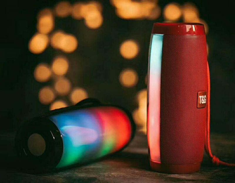 TG157彩灯时尚设计蓝牙音箱低音炮无线手提音箱新款