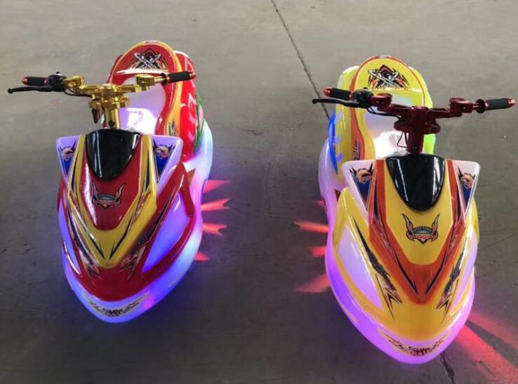 极速飞艇(未来战车)新款儿童电瓶车夜间灯光璀璨