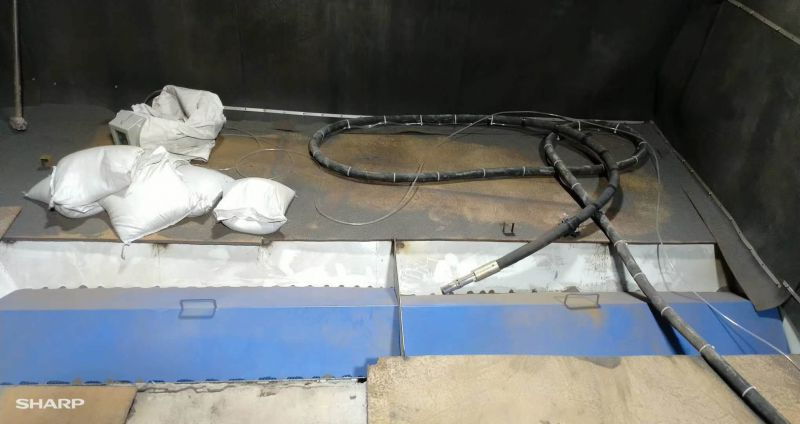 沧州海恩橡塑有限公司3×4米小型机械式喷砂房-安兴喷砂机械