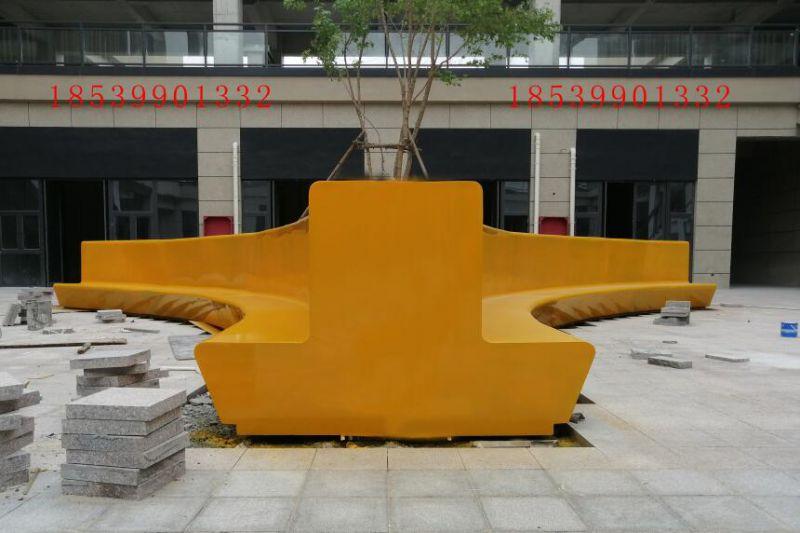 河南手糊定制商场室外大型组合玻璃钢树池坐凳座椅