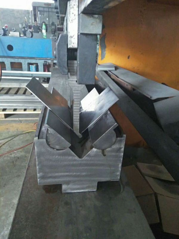 数控折弯机一次成型模具