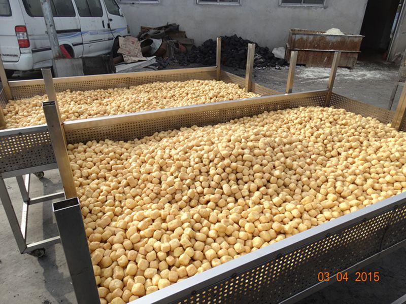 全自动豆泡油炸机 炸豆泡机器 油豆腐油炸锅生产视频