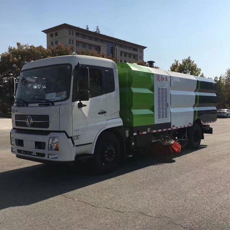 供应大型道路清扫车 东风天锦 洗扫车DFH1180TXS型 价格优惠 !