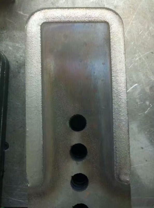 农机刀片弧形自动感应高度堆焊设备