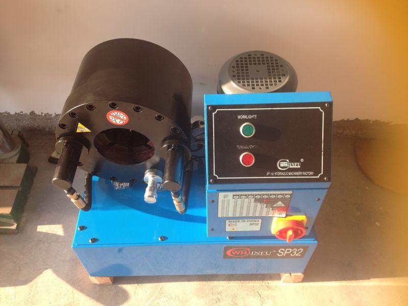 小型拉线全自动压管机