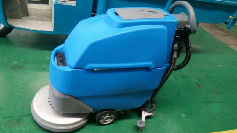 济宁小林清洁XLS-508型手推洗地机清洗地面视频