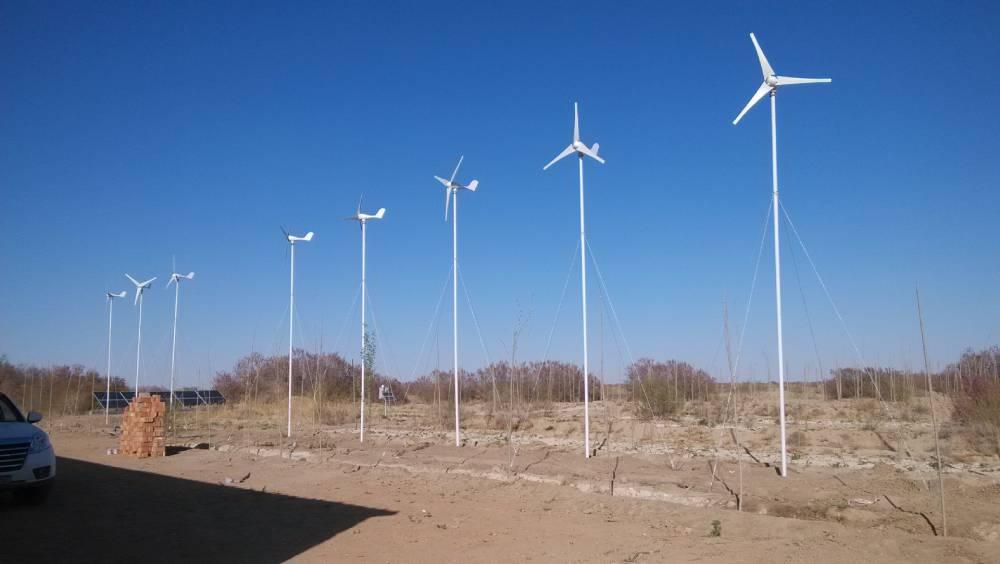 德州鑫源风力发电机 农牧民用太阳板发电