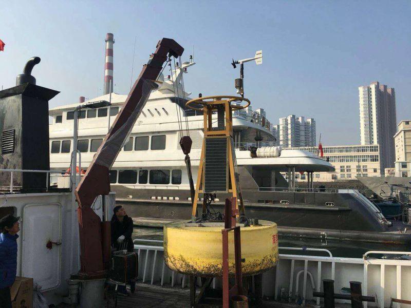 码头船吊机工作现场视频 现场实拍
