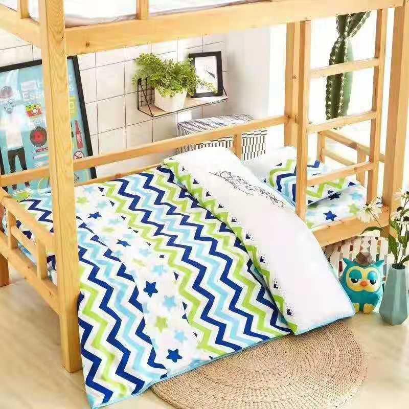 定做幼儿园小饭桌实木上下铺小床,幼儿园高低床批发