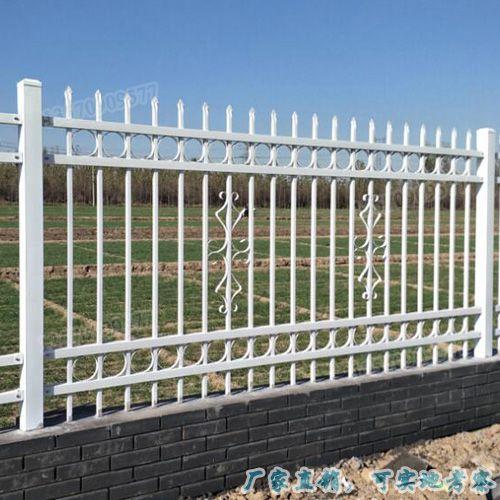 工厂围墙锌钢护栏 湛江小区铁艺栅栏价格 东莞学校防护栏杆