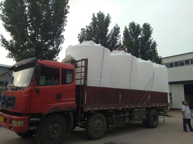 10吨塑料水箱4台发货集宁塑料储罐