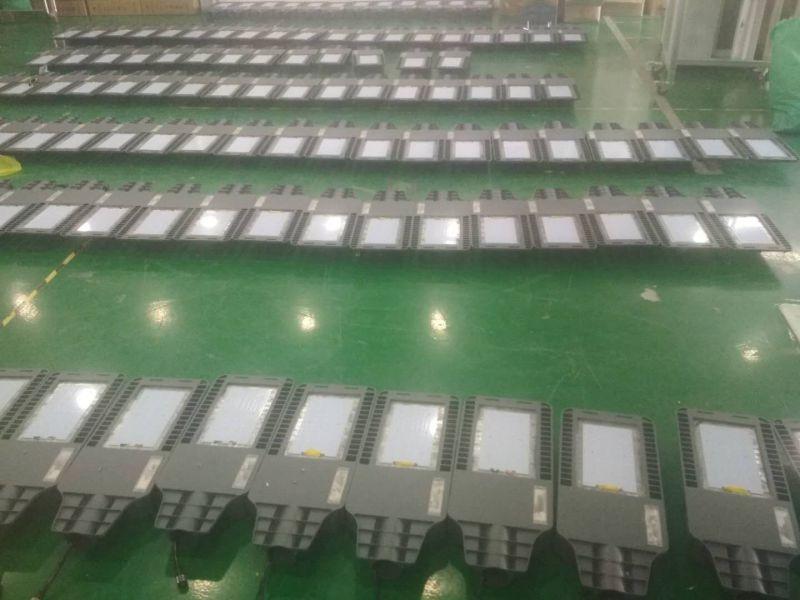 120套6并1串20w太阳能路灯正在生产进行中