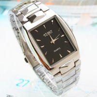 经典男士方形钢带手表 新款 热销 便宜 厂家批发各种石英高档手表