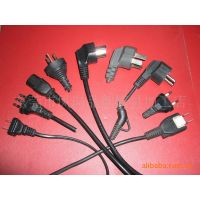 凤岗模具厂供应AC电源线插头立式注塑成型机模具。