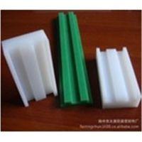 正品聚乙烯PE垫片 垫条 输送机衬条 L型垫片 平型垫轨特价供应