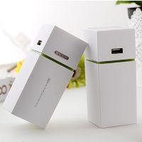 厂家直销 新款时尚高档优雅白小冰箱移动电源 带LED灯移动电源