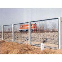 现货供应安全防护网、铁路护栏网、公路护栏网、波浪护栏网