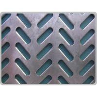 广泛应用于建筑、食品加工、石油化工行业的八字形冲孔网